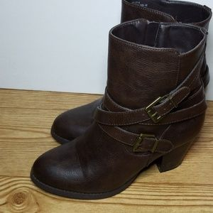 JUST FAB brown leather boots